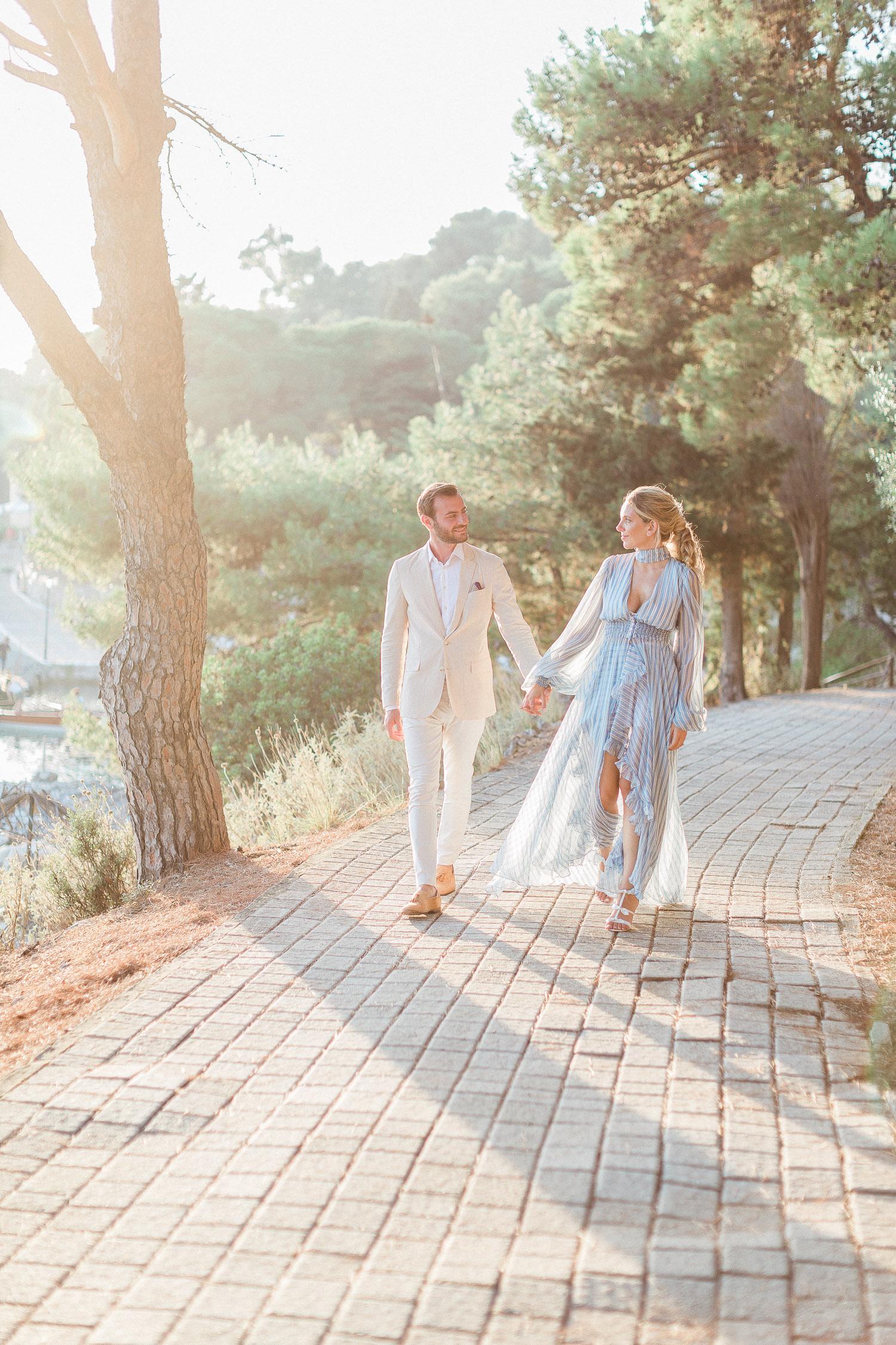 romantic couple while pre wedding shoot at Corfu island