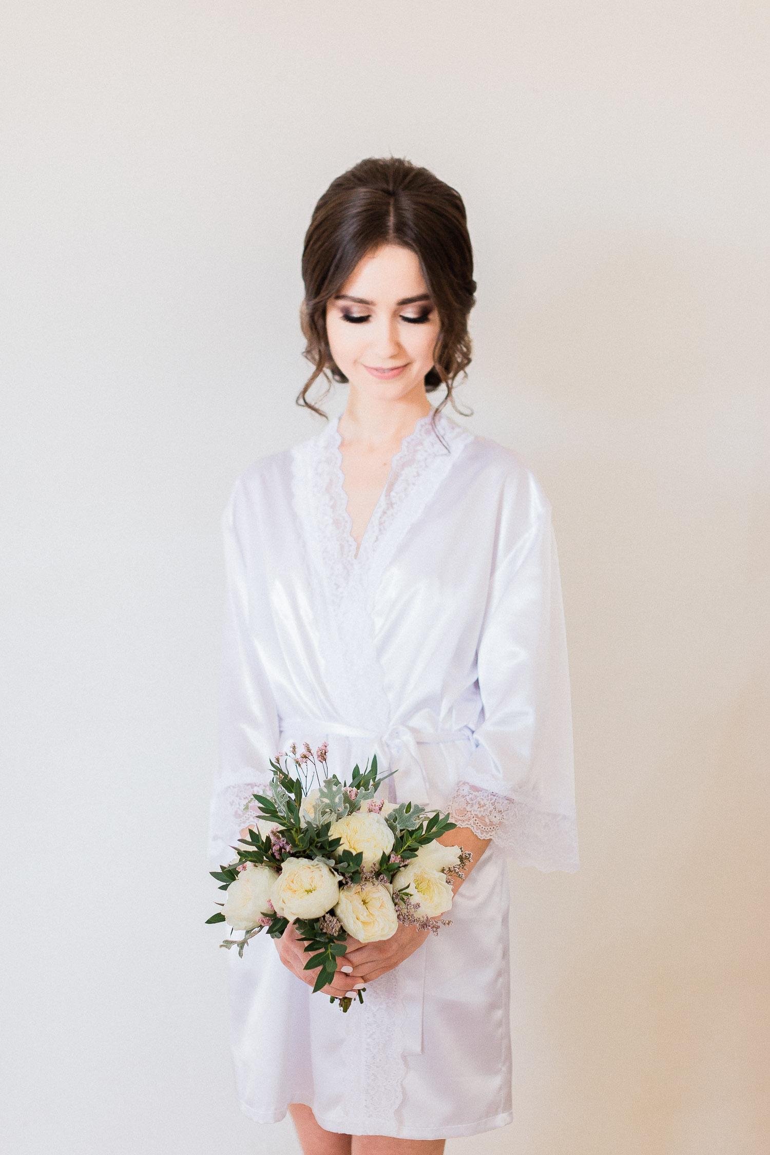bridal preperation portrait