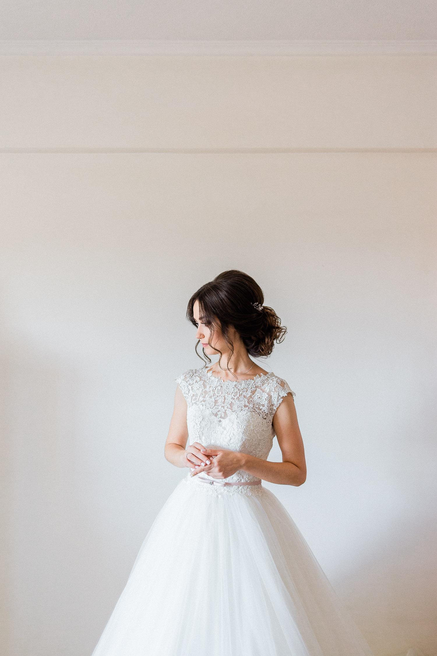 natural light bride portrait