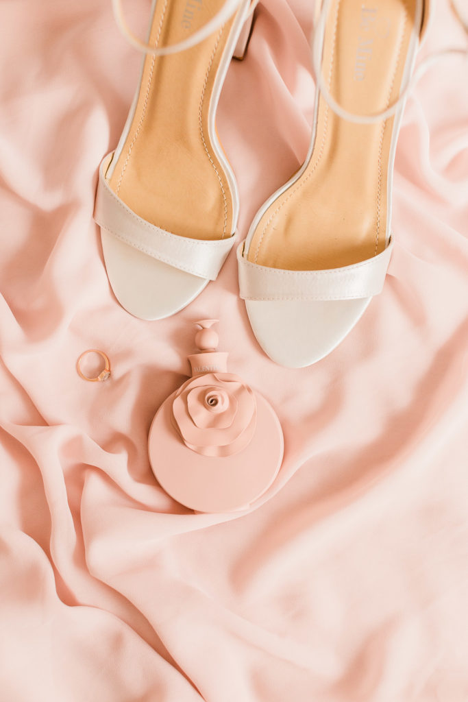 the bride's beautiful romantic styling details