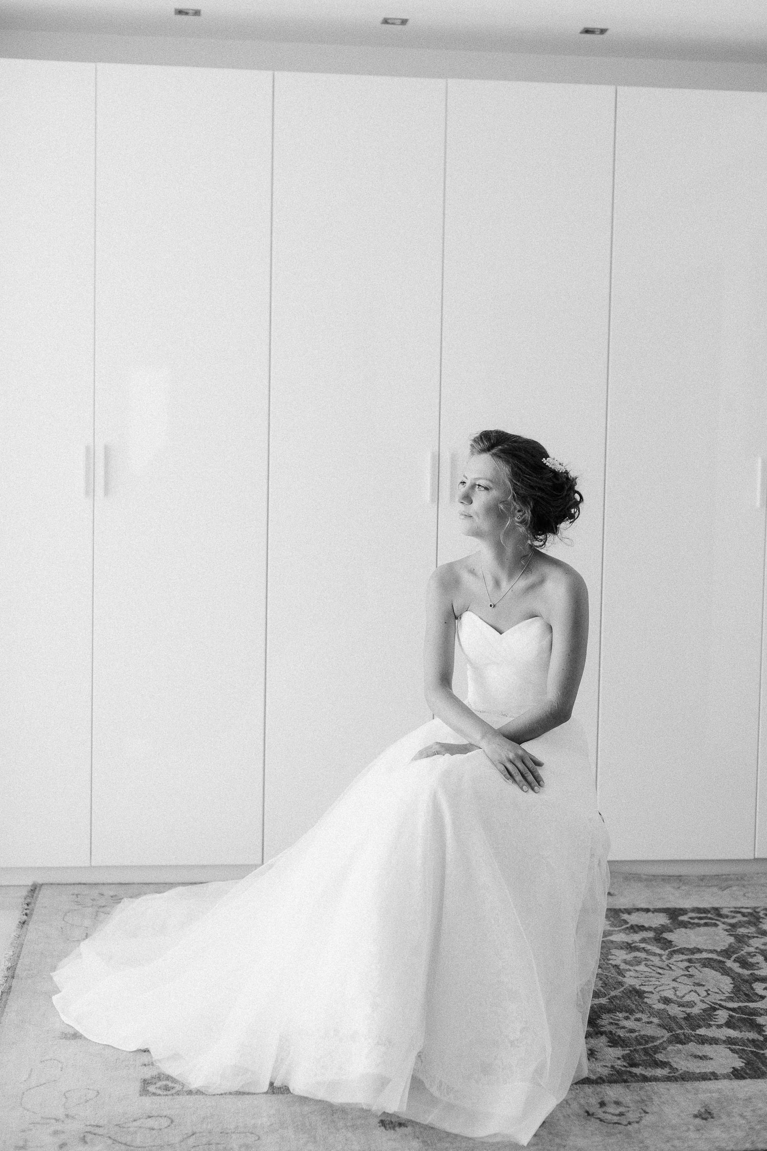 Black and white portrait of a bride before the wedding ceremony in Corfu