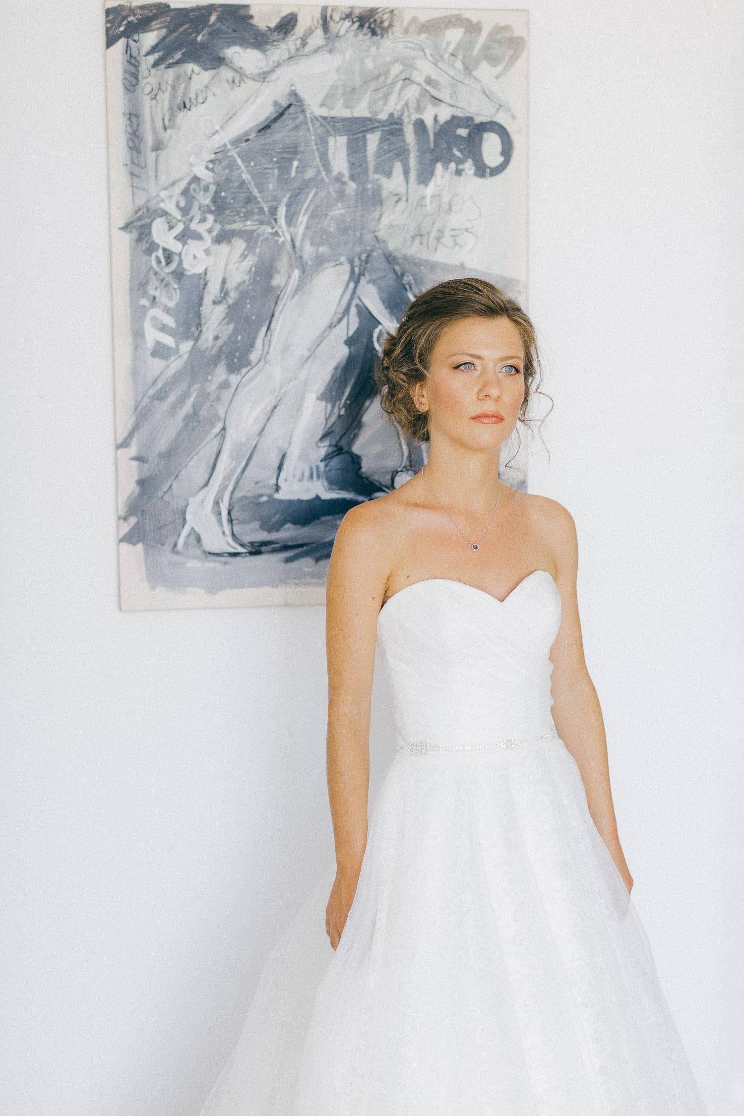 Minimal bridal portrait before she walks down the isle at an Old World micro wedding in Corfu island