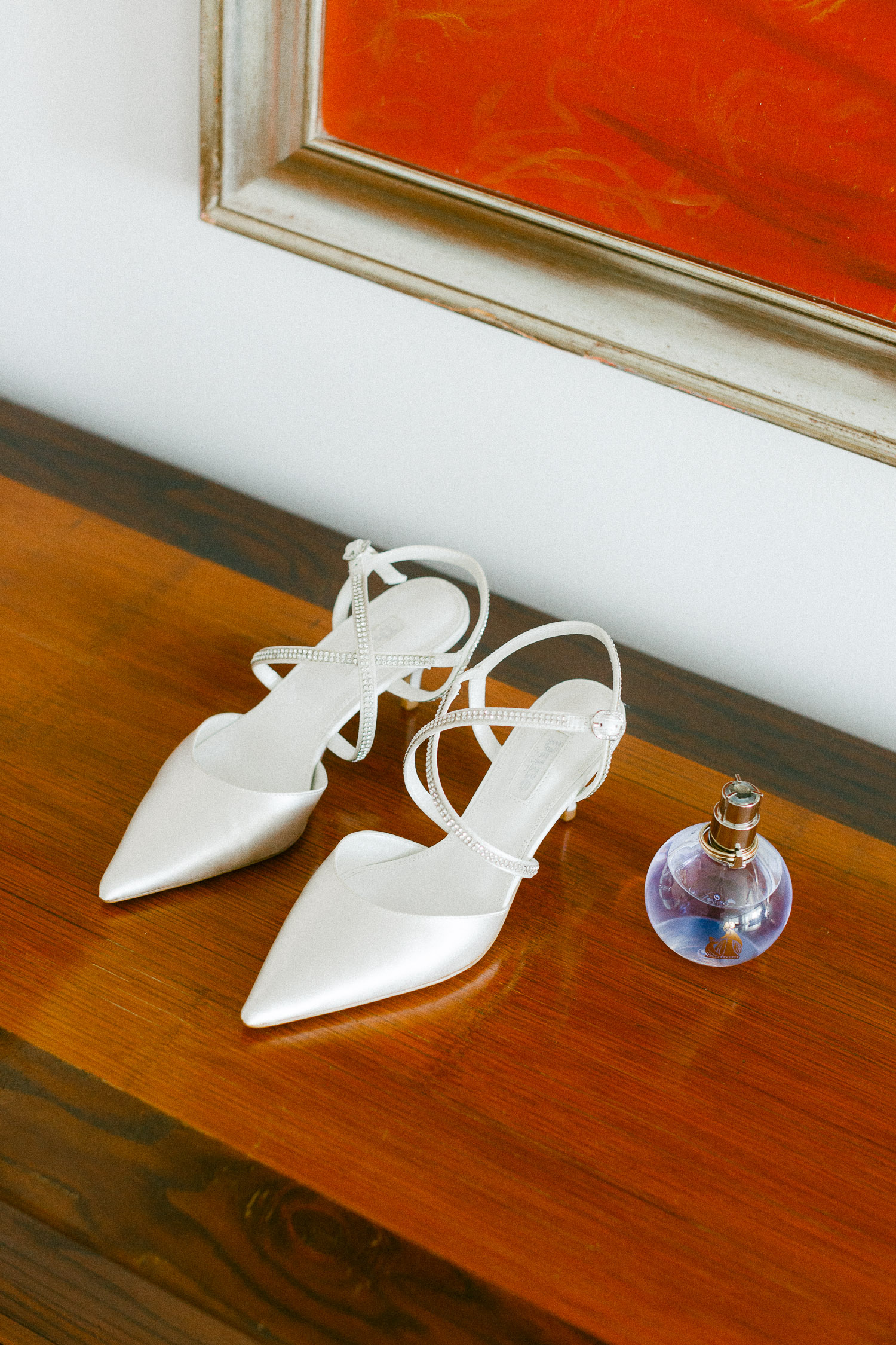 Bridal exquisite comfy shoes at an Old World micro wedding at Corfu