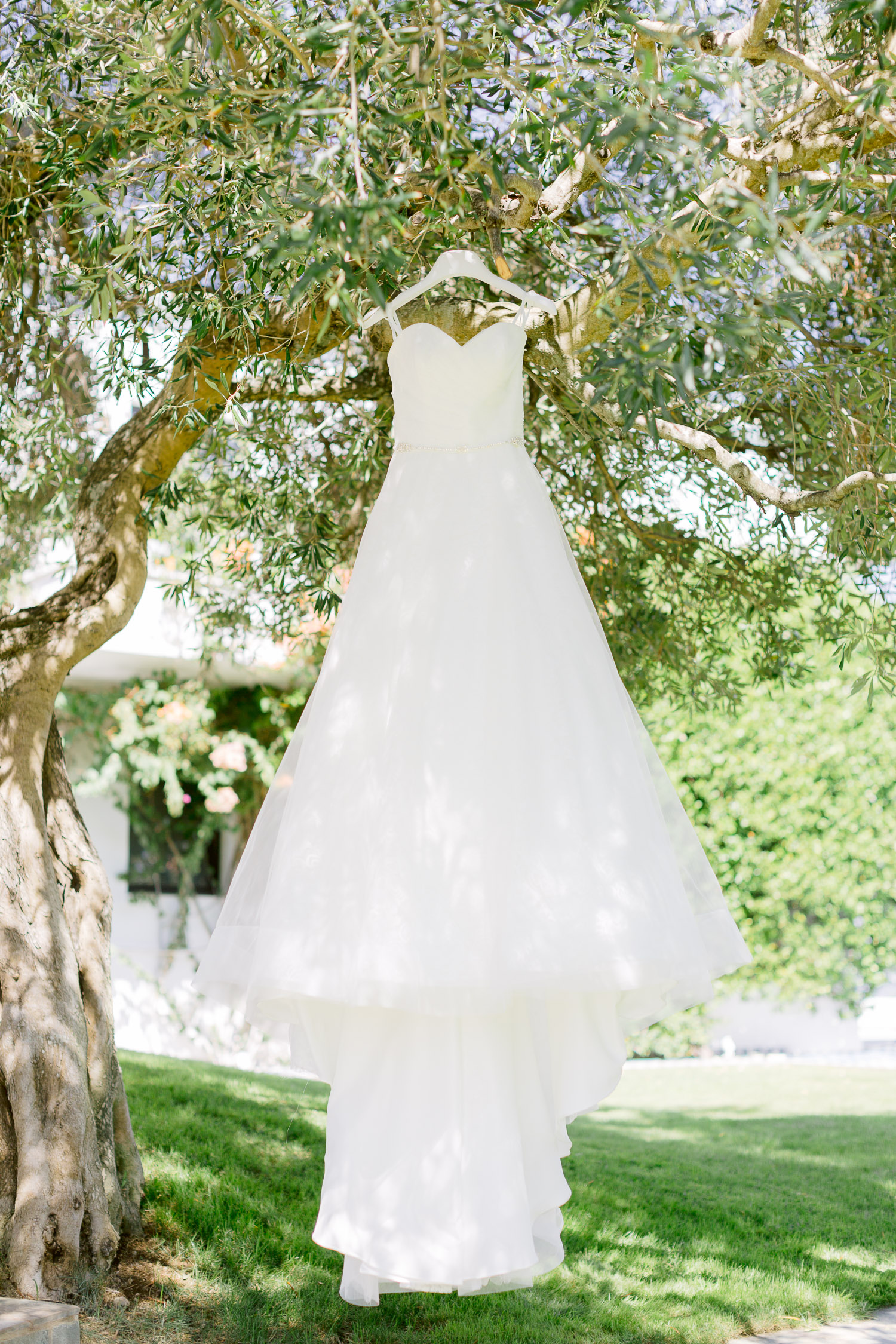 Classic design Sincerity bridal gown ready to wear